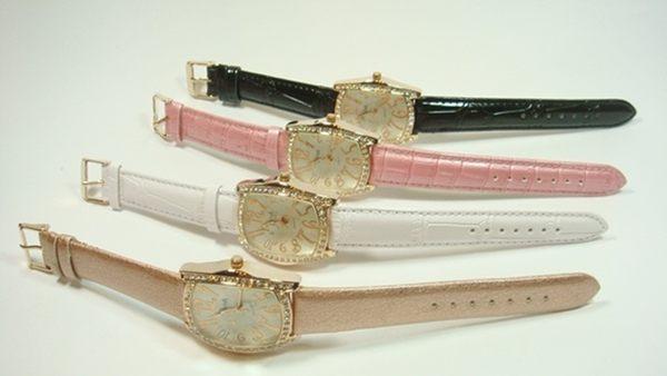 手錶PREMA 阿拉伯數字酒桶型(白、黑、粉紅、咖啡金)