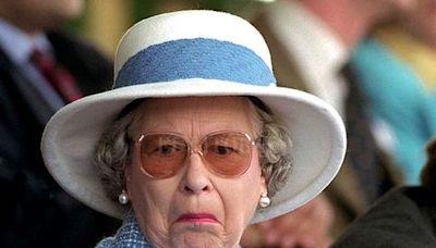 """Reino Unido: Isabel II rechazó el premio a la """"Viejita del año"""" porque se siente demasiado joven a sus 95 años"""