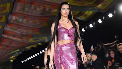 Dua Lipa Makes Her Runway Debut at Versace