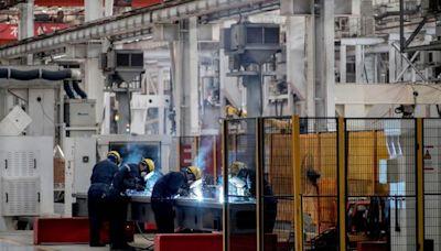 中國第三季度經濟同比增速大幅放緩至4.9%