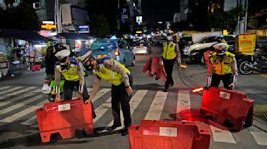 警設路障防Delta擴散 印尼確診總數衝破200萬