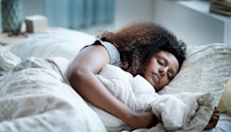"""Are You Hitting Your Sleep """"Sweet Spot?"""" New Research Suggests Doing So Will Keep Your Brain Sharp"""
