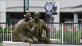 CRAWFORD   Churchill Downs strikes historic note with statues of Winn and Asher