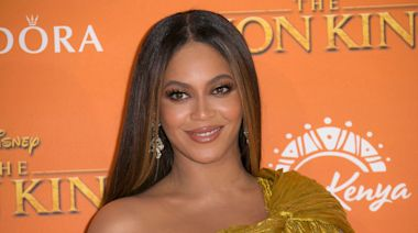 Watch Beyonce's Surprise Performance of Disney's 'When You Wish Upon a Star'
