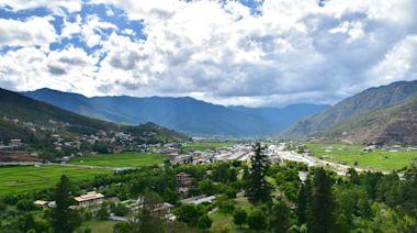 克服艱鉅任務,不丹成抗疫典範
