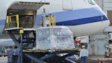 歐美耶誕節及新年連假購物季出貨暢旺,航空貨運價格大漲18%,客運仍持續虧損 - The News Lens 關鍵評論網