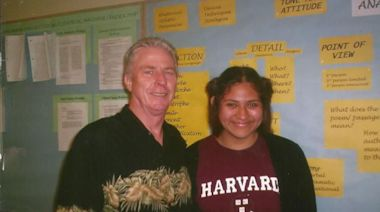 Bill Roberts, influential Santa Ana High teacher who propelled students to Ivy League schools, dies