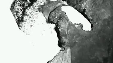 Satellite Tracks Manhattan-Sized Iceberg Moving in Antarctica