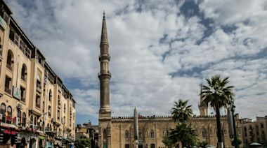 Egypt closes mosques, churches over coronavirus fears