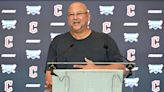 Terry Francona aims to manage the Cleveland Guardians in 2022 with two shoes on