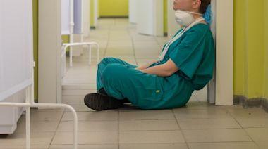 台灣疫情|醫療機構護士兼負責人疑壓力過大上吊亡 丈夫心碎淚崩