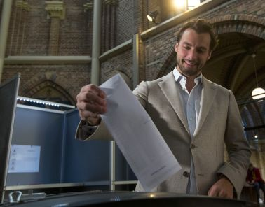 Dutch populist Baudet suggests splitting party he created