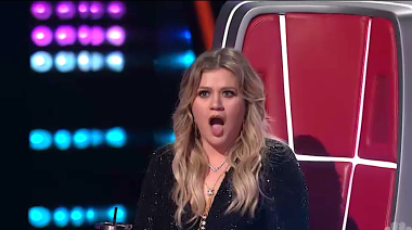 Coaches in shock over 'Voice' premiere performance: 'Did you see my face? That will be a GIF'