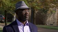 """""""When it starts getting dark, I'm outta there."""" Velshi Across America tackles race in the South, sundown towns & white guilt"""