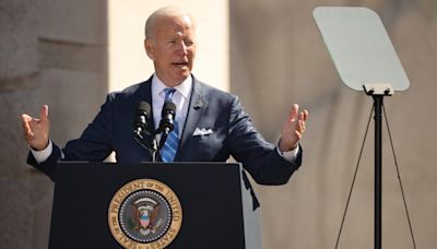 Biden honors MLK memorial on anniversary, shouts out Morehouse College