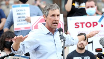 Beto O'Rourke Is Rounding Up Voters Ahead of Texas' 2022 Governor's Race - In Which He 'Might' Run