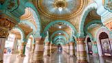 Stunning palaces around the world