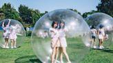 女團被關進「透明泡泡」 全員熱到崩潰 | 娛樂 | NOWnews今日新聞