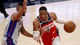 El astro Russell Westbrook es el nuevo socio de LeBron James - CNN Video