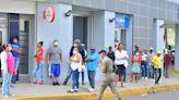 Bancos acogen a disposición oficial de requerir vacunación