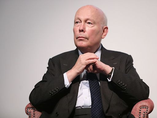 Julian Fellowes To Pen Script For 'The Wind In The Willows' Movie