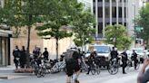 華府市議會通過緊急法案 警察執法禁「鎖喉」