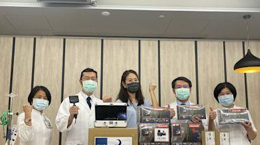 賈永婕台南5醫院捐醫材 獲回贈蛋糕慶生