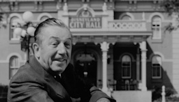 Fact check: False claim that Walt Disney's frozen body will be thawed in December