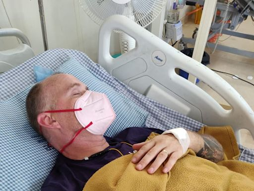 British man blinded and paralysed after snakebite while battling suspected Covid in India