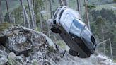 Range Rover Sport SVR的終極試駕! 最新007電影當中來真的│TVBS新聞網