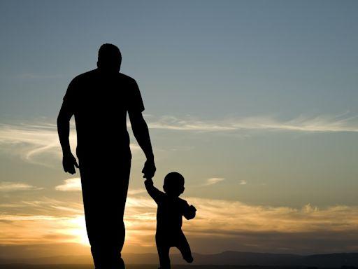 父親節|調查:8成港爸不求子女供養 更願傳承逾半財富給下一代