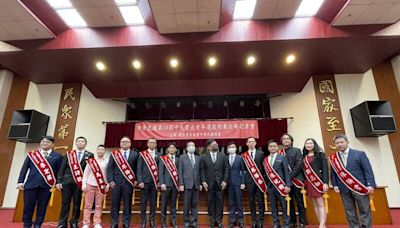集集鎮長陳紀衡獲選十大青年 同框東奧銀牌楊勇緯