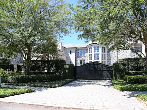 Derek Jeter sells $22.5M Tampa mansion that Tom Brady was renting