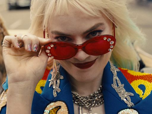 'Birds of Prey' is a rousing girl power movie with an excellent Margot Robbie as Harley Quinn