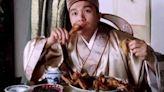 星爺電影總出現吃烤雞翅橋段?背後原因超心酸