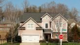 U.S. homebuilders confidence slips in January