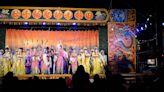 電影經驗改良歌仔戲,明華園「黃字」戲劇團父子聯手 以連本大戲探索民間戲曲極限 - 台灣好基金會x大潮‧南扎根計畫 - 微笑台灣 - 用深度旅遊體驗鄉鎮魅力