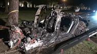 Investigators to question Tesla after crash that killed 2
