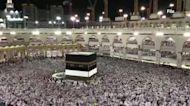 Huge quarantine restrictions hit Mecca pilgrimage