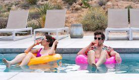 'Palm Springs' a fun, familiar escape