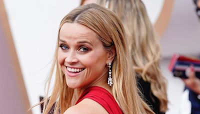Reese Witherspoon said she drinks Champagne with ginger ale, and mixologists are surprised by the combination