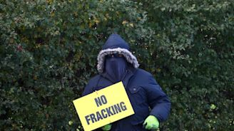 Scientists urge government to relax earthquake rules to allow more fracking