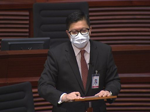 鄧炳強稱8名紀律部隊人員涉發表嘲諷殉職警言論被停職 - RTHK