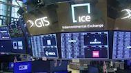 Wall St dives as shutdown worries resurface