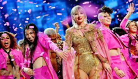 Taylor Swift sets new record for all-time wins at 2019 American Music Awards