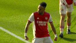 Aubameyang doubles Arsenal edge over Tottenham