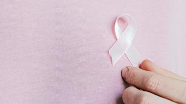 台灣年輕女性乳癌「增幅」上升 3大禍首不能輕忽! | 蕃新聞
