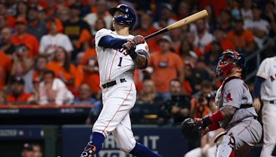 Correa's late HR helps Astros top Red Sox in ALCS opener