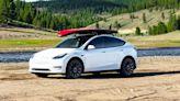 一輛 Model Y 打趴全美!特斯拉持續稱霸美國電動車市場,市佔率達 66%