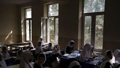 阿富汗全國中小學男生今日起可恢復上課 - RTHK